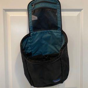 LLBeam Toiletry Bag with Hook